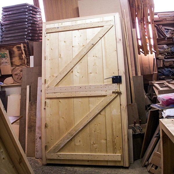DOOR No 10