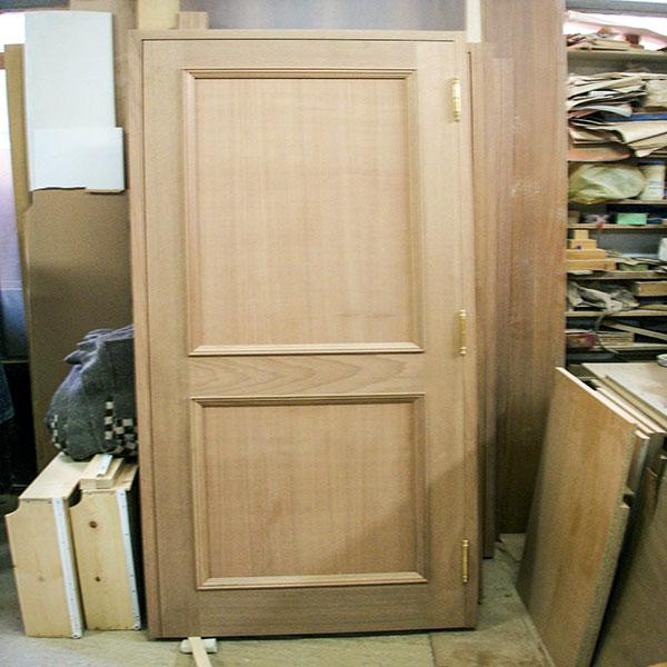 DOOR No 4